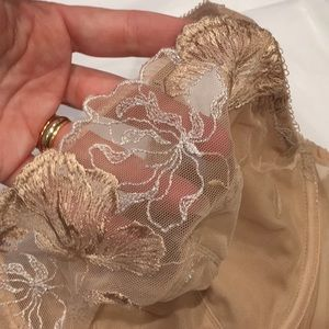 Wacoal Intimates & Sleepwear - Wacoal in bloom bra 38DD